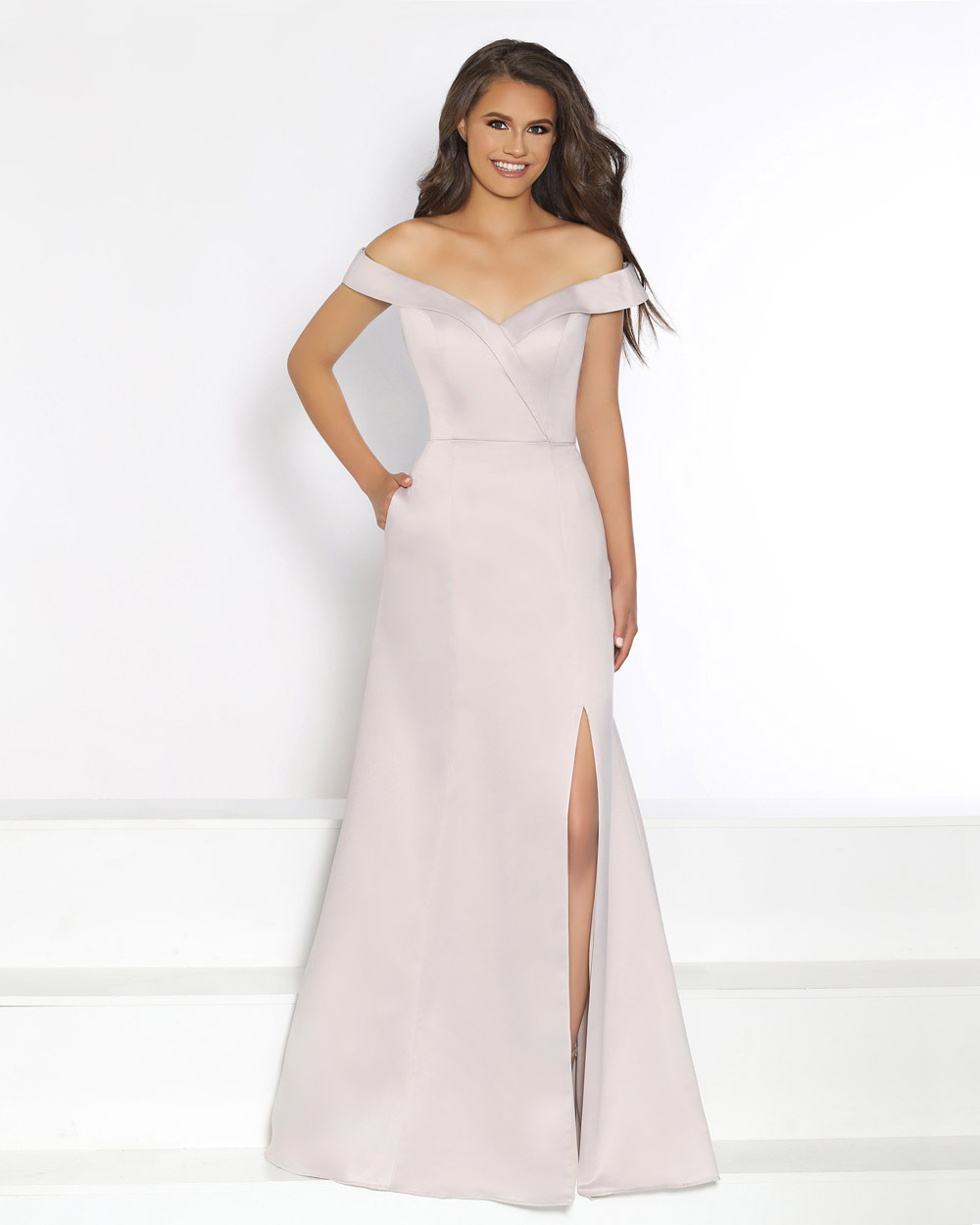 images?q=tbn:ANd9GcQh_l3eQ5xwiPy07kGEXjmjgmBKBRB7H2mRxCGhv1tFWg5c_mWT Awesome Seattle Wedding Dress Alterations @bookmarkpages.info